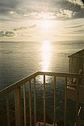 グアム:海に沈む夕陽