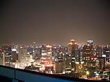 スカイビル空中庭園展望台からの夜景
